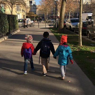 Cinco dicas para viajar com crianças por grandes distâncias